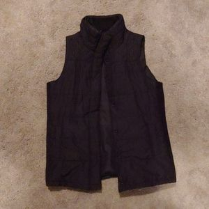 Motherhood Maternity Black Puffy Vest